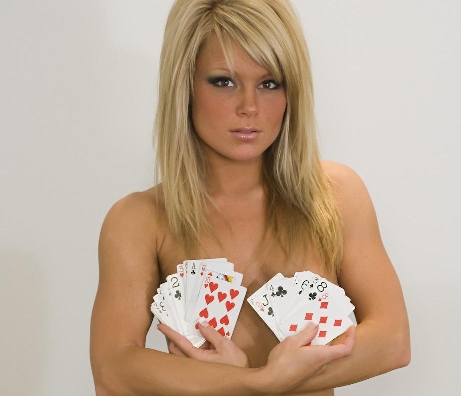 jennifer-strip-poker-usa-secretary-xxx-models