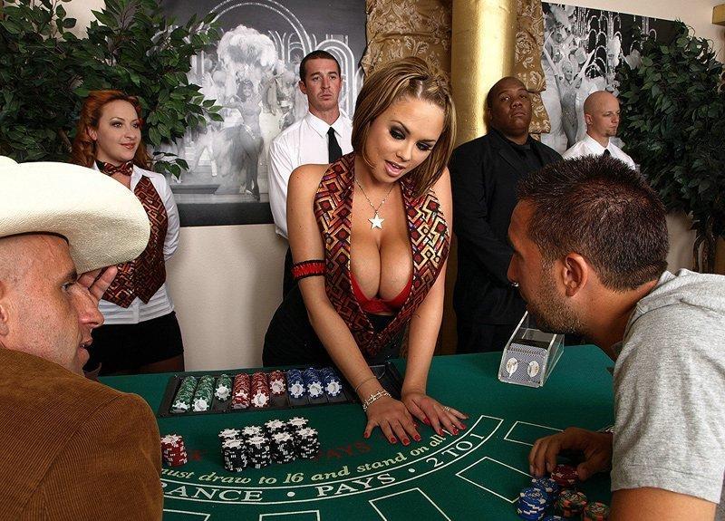 Порно в казино на столе, смотреть порно категории бдсм