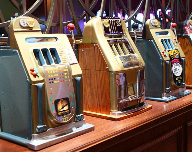 Игровые автоматы их лаги скачать слот автоматы резидент