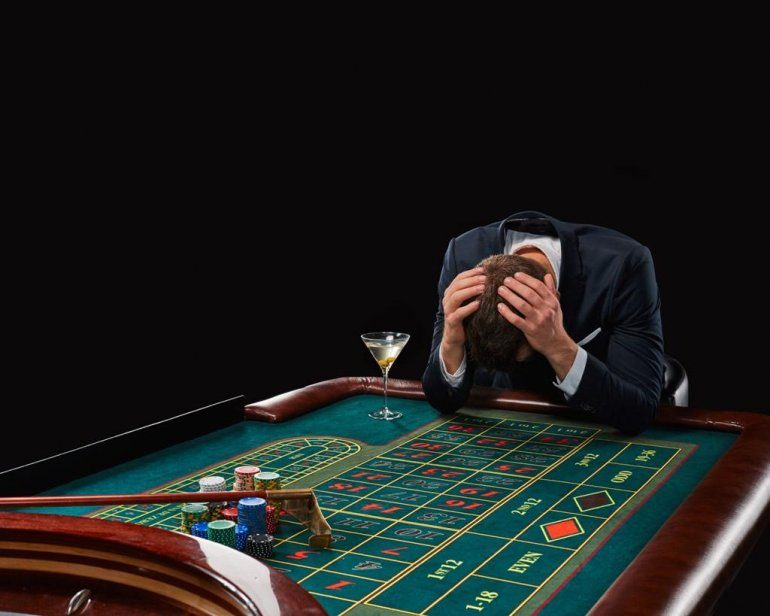 Игровая зависимость от казино игровые автоматы море играть бесплатно