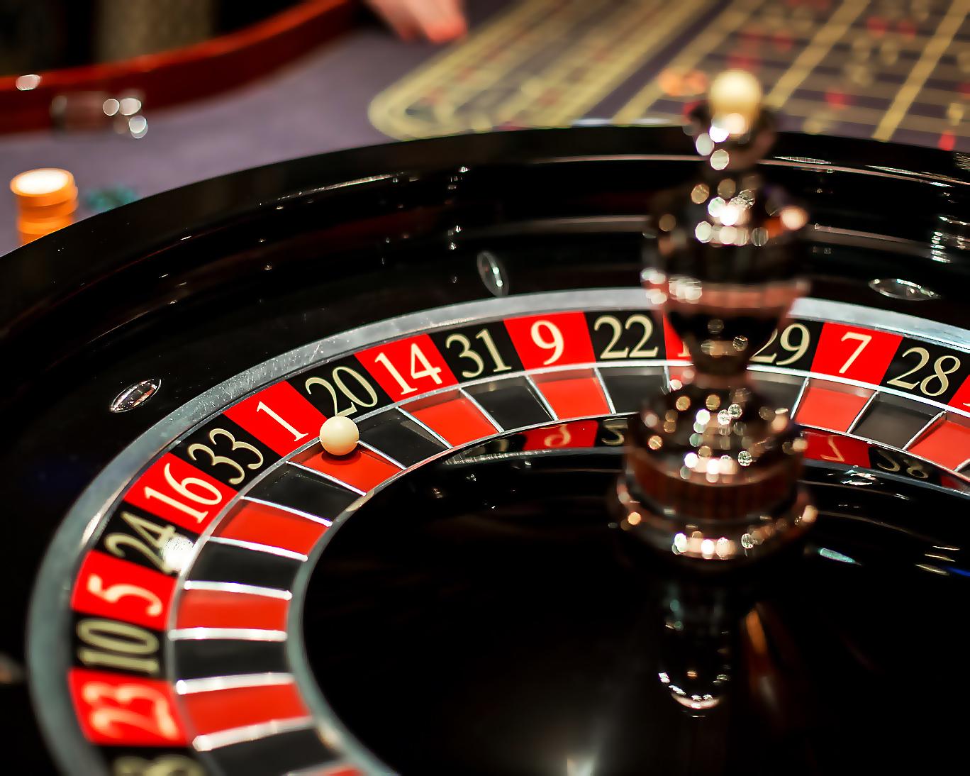 Играть казино рулетка игровые аппараты атракционы гонки симуляторы с ценами с фото
