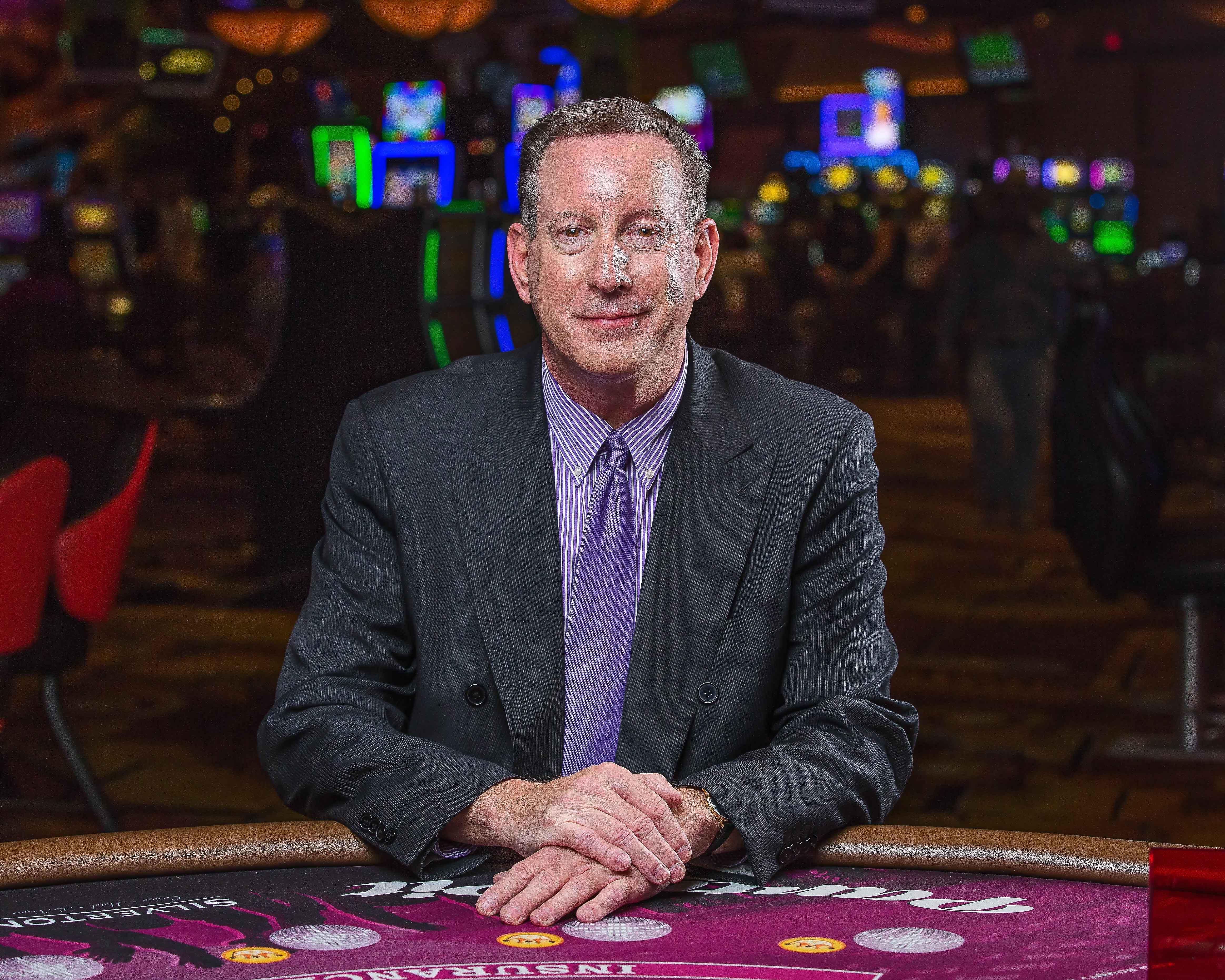 Где скачать покер 888